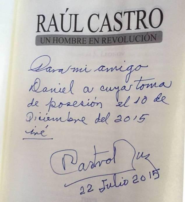 dedicatoria-Raul-Castro-Scioli-incluida_CLAIMA20150722_0258_39